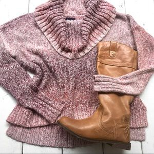American Eagle Ombree Sweater Size M